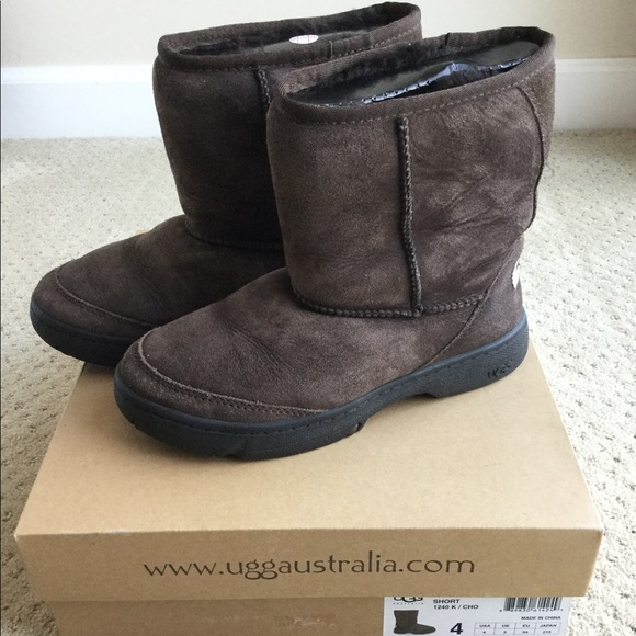 UGG Other - Used UGG kid's Ultimate short boots